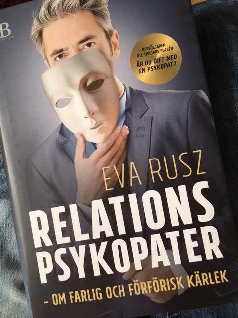 Eva Rusz x 3